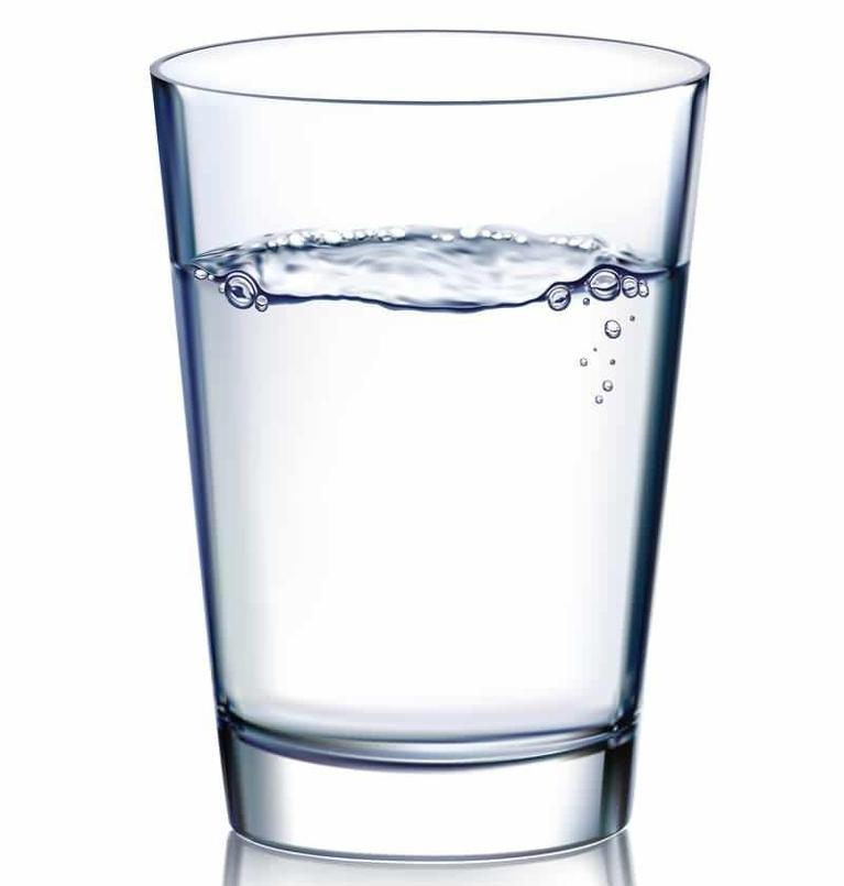 Glass of Water | Cut Back on Soft Drinks | Sparkle Dental Care